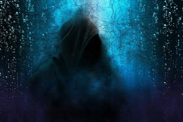 幽霊hooded-man-2580085_1280.jpg