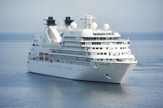 cruise-1578528_640.jpg